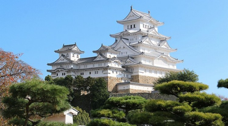Lâu đài Himeji
